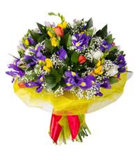 """Букет из цветов """"Цветочный калейдоскоп"""" с доставкой по Калининграду 30 - 35 см."""