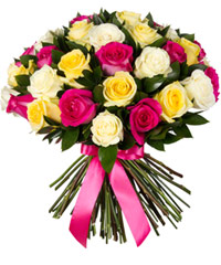 "Bouquet from цветов ""Enchanting Mix of Roses"" with delivery in Novosibirsk 40 - 40 см."