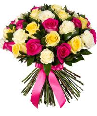 """Букет из цветов """"Ассорти из роз"""" с доставкой по Белгороду 40 - 40 см."""