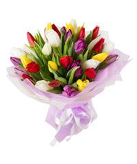"""Букет из цветов """"Поцелуй на ночь"""" с доставкой по Калининграду 30 - 30 см."""