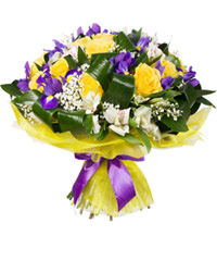 "Bouquet from цветов ""Trio"" with delivery in Novosibirsk 45 - 35 см."