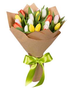 """Букет из цветов """"Букет из тюльпанов"""" 25 - 30 см."""